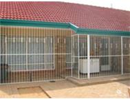 1 bedroom complex for sale in Meiringspark Klerksdorp