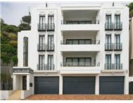 3 Bedroom Townhouse for sale in Clifton