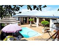 Dolphin Inn Guesthouse Bed & Breakfast/ Guest House/ Guest Lodge in Holiday Accommodation Western Cape Bloubergrant - South Africa