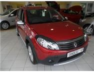 2012 Renault Stepway 1.6 Red 24000km Price R129900.00