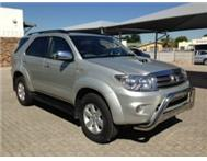 2009 TOYOTA FORTUNER 3.0 D4D 4X4 NOW @ R309 500