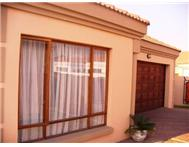 Townhouse Pending Sale in REYNO RIDGE & EXT WITBANK