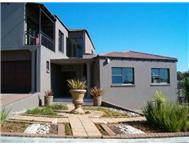 House Pending Sale in WOODLAND HILLS Bloemfontein