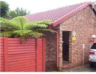 3 Bedroom Townhouse to rent in Rooihuiskraal