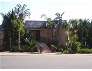 4 Bedroom House for sale in Plattekloof
