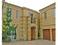 Cluster to rent monthly in MORNINGSIDE SANDTON