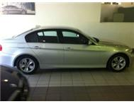 2007. BMW320i. Silver. E90. Automatic/manual. Steptronic.