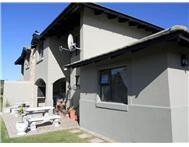 2 Bedroom Townhouse for sale in Hartenbos