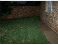 Townhouse For Sale in ROOIHUISKRAAL NORTH CENTURION