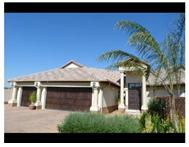 3 Bedroom house in Raslouw Manor