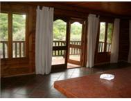 PEARLY BEACH - 3 KNYSNA LOG CABINS - ON THREE PLOTS - IN PARK.