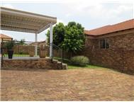 House For Sale in THATCHFIELD CENTURION