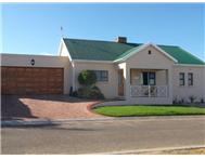 3 Bedroom Townhouse to rent in Oudtshoorn