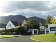R 2 545 000 | Townhouse for sale in Paradyskloof Stellenbosch Western Cape