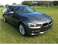 2013 BMW 3 SERIES 320i Luxury Line