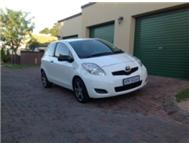 Yaris: 2009 WELL BELOW BOOK !!!!S...