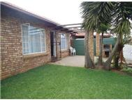 2 Bedroom simplex in Rooihuiskraal North