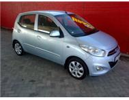 IMMACULATE LOW KM HYUNDAI i10 WHITE / LIGHT BLUE FULL HOUSE