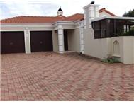 Townhouse Pending Sale in WESTERING PORT ELIZABETH