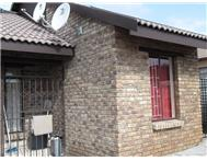 2 Bedroom House for sale in Olievenhoutbosch