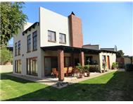 R 2 500 000 | House for sale in Midfield Estate Centurion Gauteng