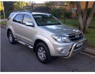 2008 Toyota Fortuner 4.0 V6 4x4 like new- BARGAIN!!