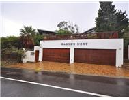 9 Bedroom House for sale in Vredehoek