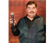 Des Meyer Comedian MC Singer available for functions staff