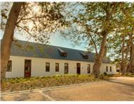 3 Bedroom House for sale in Bergvliet