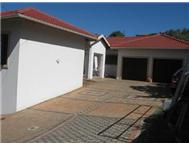 R 2 460 000 | House for sale in Sheffield Beach Sheffield Beach Kwazulu Natal