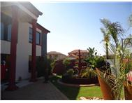 House For Sale in GLEN EAGLES KEMPTON PARK