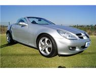 2005 Mercedes Benz SLK 350! Low low km s!