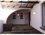 4 Bedroom 3 Bathroom House for sale in Humansdorp