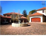 4 Bedroom Townhouse to rent in Waterkloof