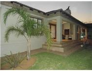 R 1 500 000 | House for sale in Aerorand Middelburg Eastern Cape