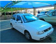 2002 VOLKSWAGEN POLO PLAYA 1.6