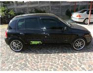Renault Cleo 1.6i Privilege 5door Black
