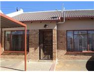 2 Bedroom House for sale in Bloemside