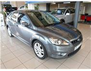 Ford - Focus 1.8 Si Hatch Back