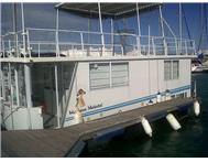 Houseboat Holiday Accommodation