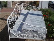 Handmade wrought iron daybed r2500