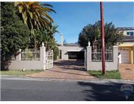 5 Bedroom House for sale in Rondebosch East