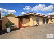 Townhouse For Sale in RANDPARK RIDGE RANDBURG