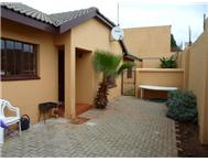 R 920 000 | House for sale in Glenanda Johannesburg Gauteng