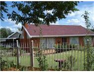 R 1 196 000 | House for sale in Fichardt Park Bloemfontein Free State