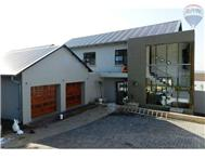 4 Bedroom Townhouse to rent in Waterkloof Heights Ext 1