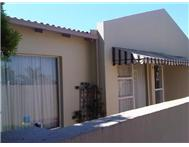 R 745 000 | Townhouse for sale in Meyersdal Ext Alberton Gauteng