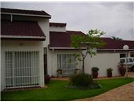 Townhouse For Sale in NORTHCLIFF RANDBURG