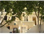 5 Bedroom House for sale in De Waterkant