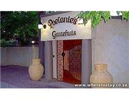 Poelanie s Guesthouse Reitz Bed & Breakfast/ Guest House/ Guest Lodge in Holiday Accommodation Free State Reitz - South Africa